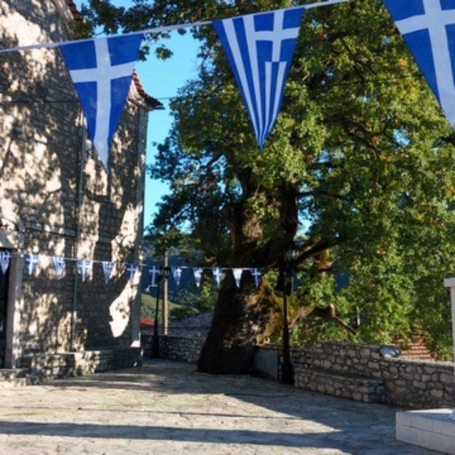 Εορτασμός 28ης Οκτωβρίου στο χωριό και Εκδρομή την Κυριακή 1η Νοεμβρίου 2015 στην Παναγία Βαρνάκοβα